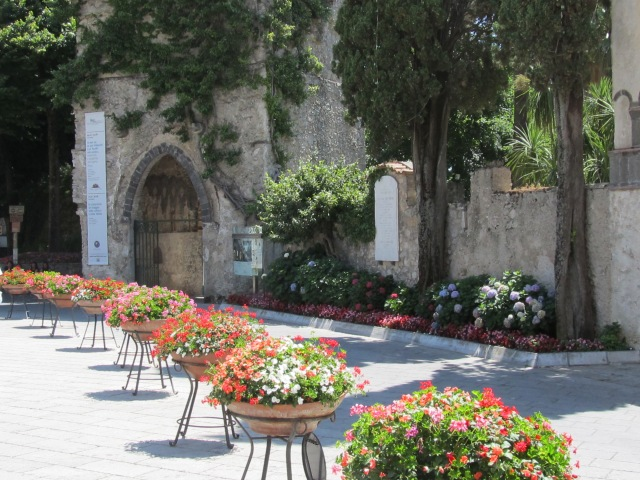 Ah, lovely Ravello - not to be missed